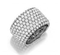 Henri Daussi R20 Wedding Ring